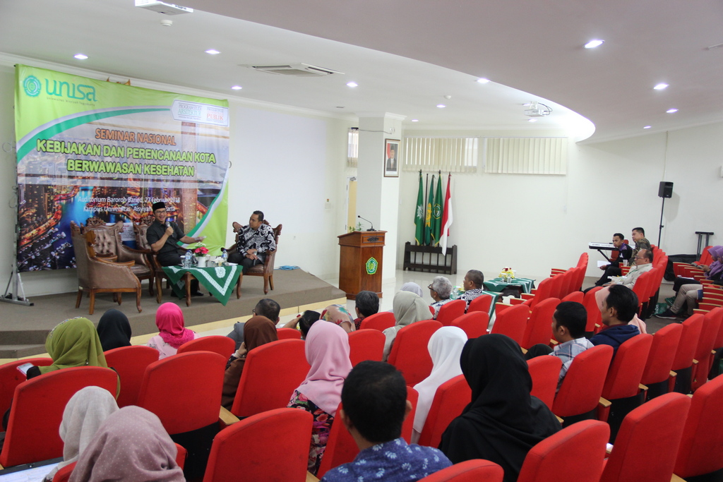 Bupati Kulon Progo Seminar di UNISA
