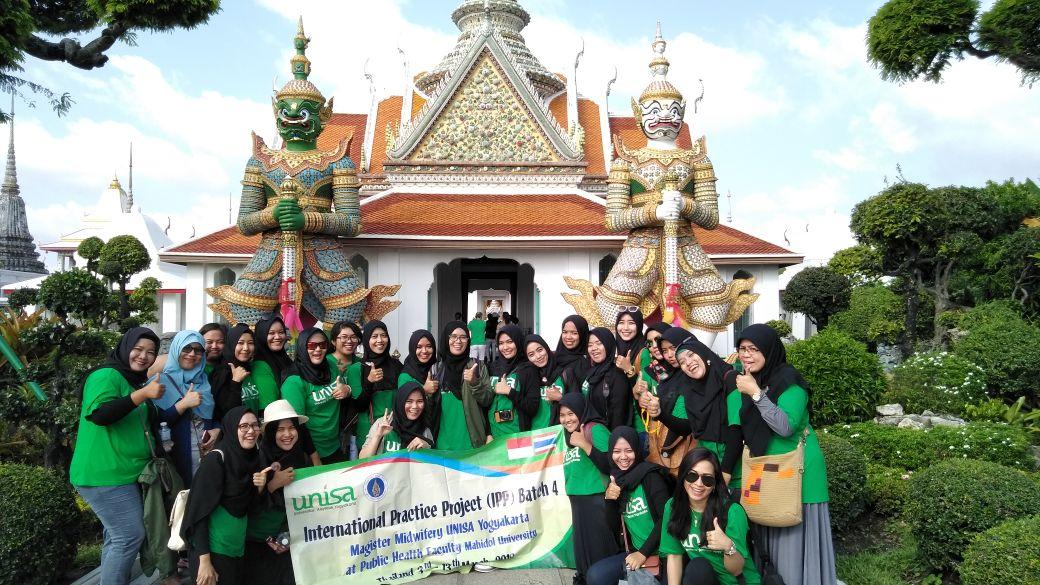 Mahasiswa S2 berkunjung ke Thailand
